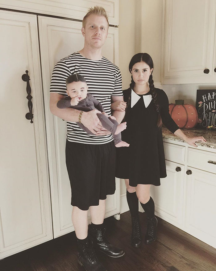 Sean Lowe And His Family Dressed As The Addams Family