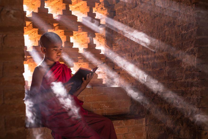Reading Buddhist Text