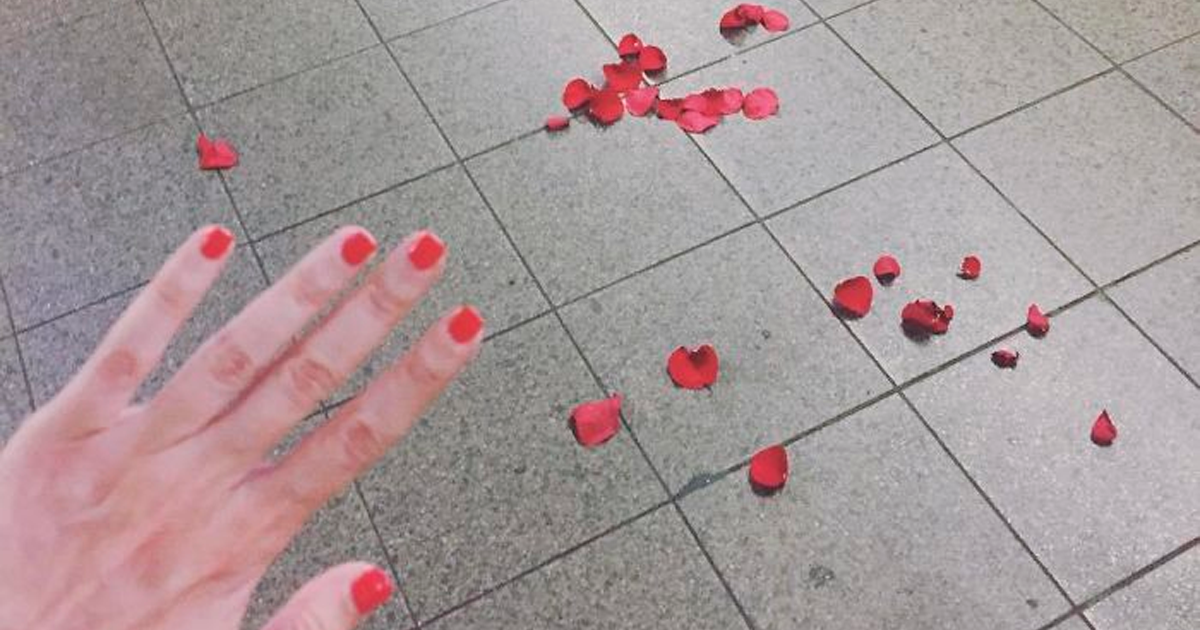 Woman Promotes Not Being Engaged By Posting Pics Of Her Hand Without A Ring (57 Pics)