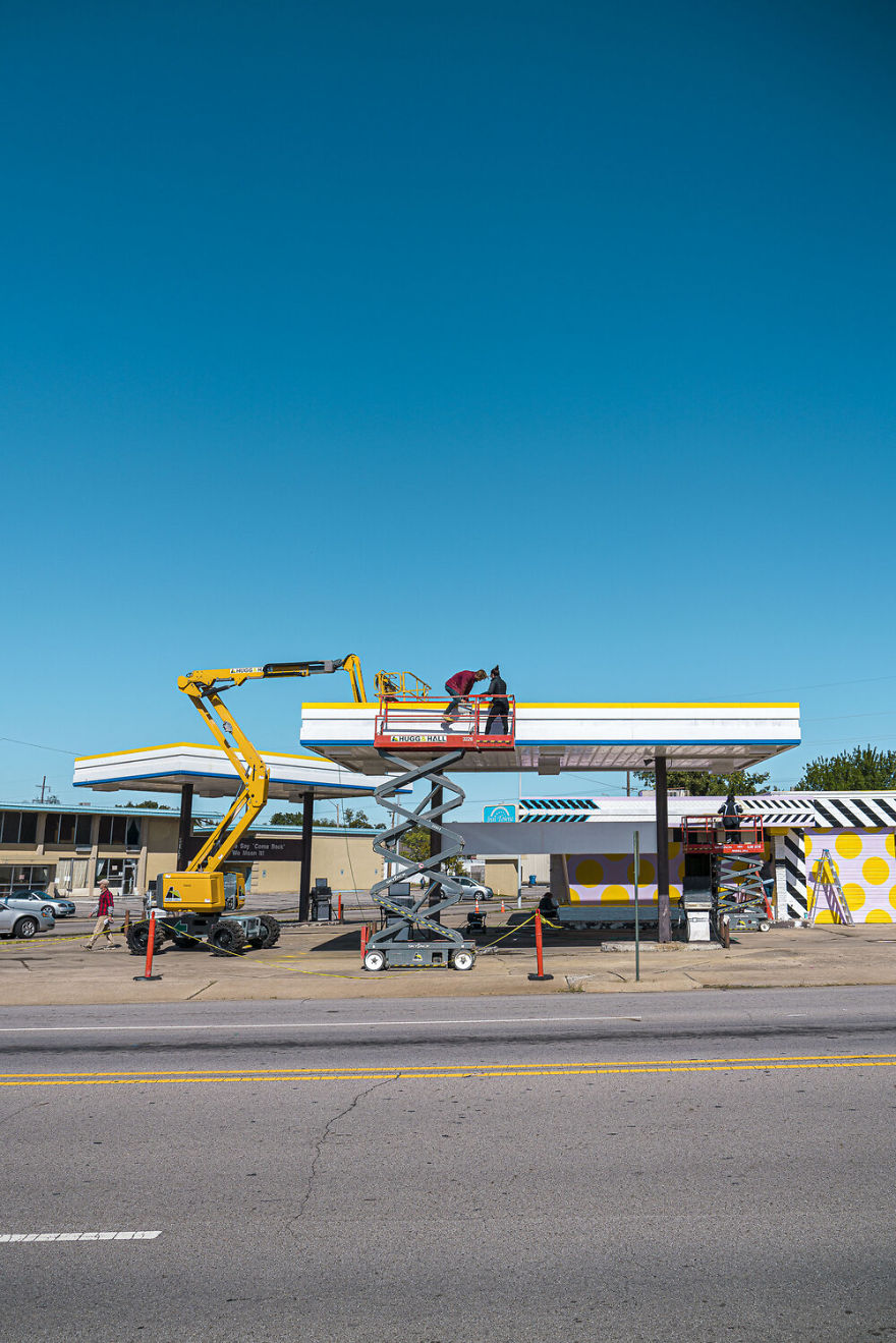This Artist Turned An Abandoned Gas Station Into An Beautiful Landmark In Just A Week 19 Pics Bored Panda