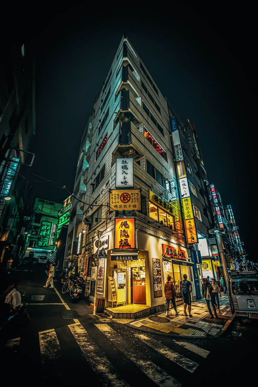 I Take Pictures Of Tokyo At Night And It Resembles Blade Runner