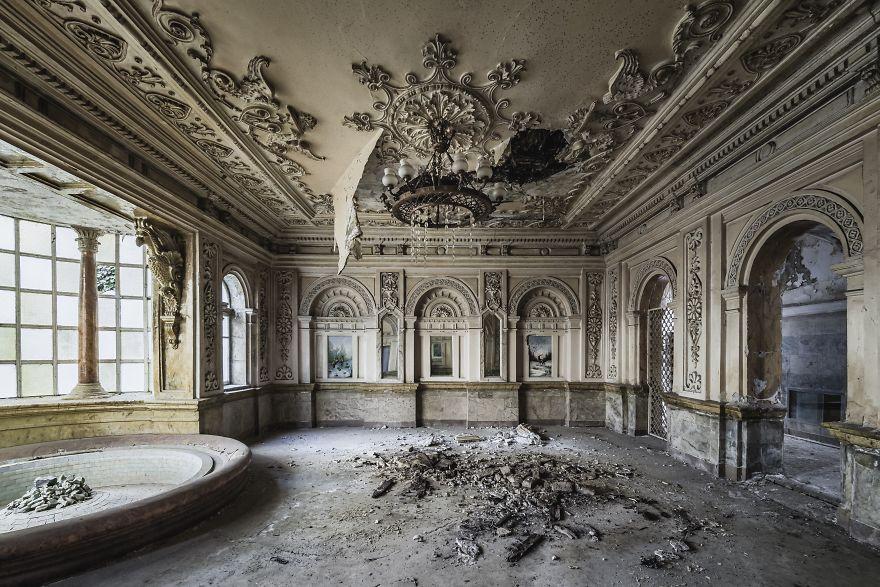 Azerbaijan Bathhouse