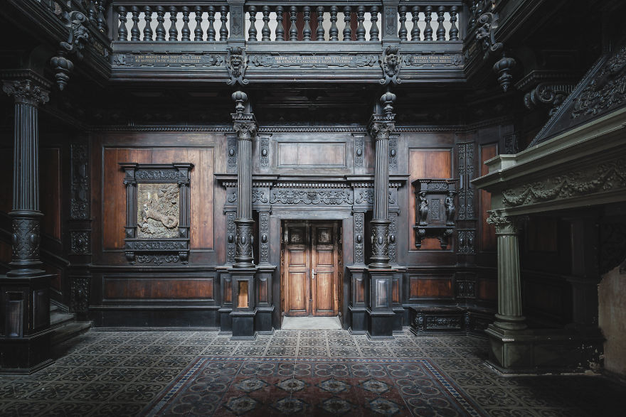 Amazing Woodwork In This Romanian Castle