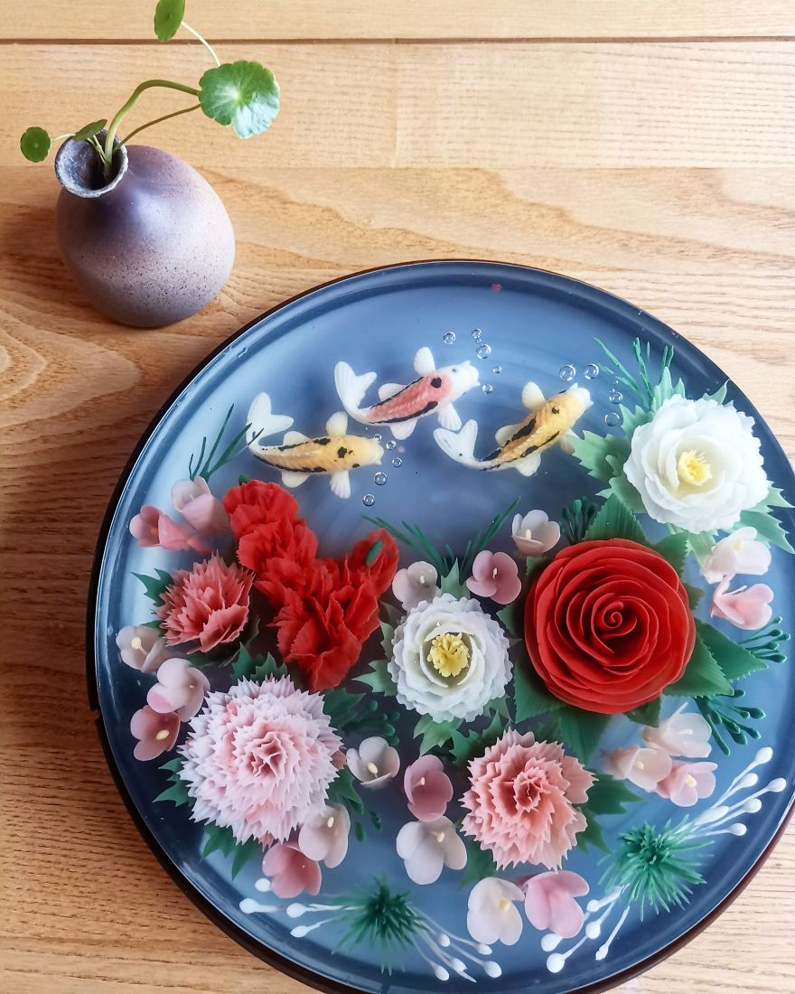 I Handcraft Realistic Floral 3D Jelly Koi Ponds, Birds And Characters.