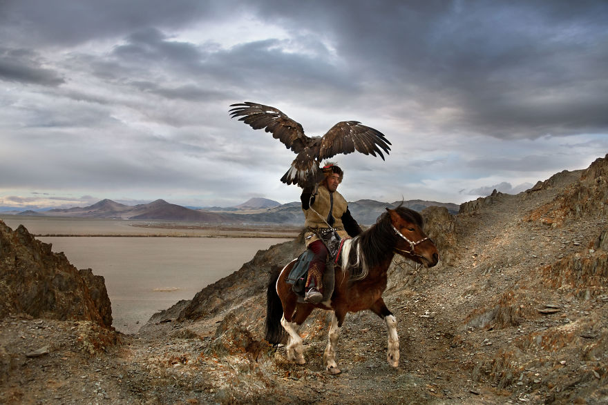 The Special Bond Between Humans And Animals Portrayed By Steve Mccurry