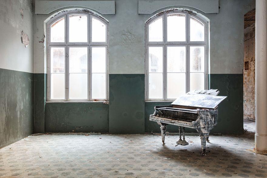 Requiem Pour Pianos 51