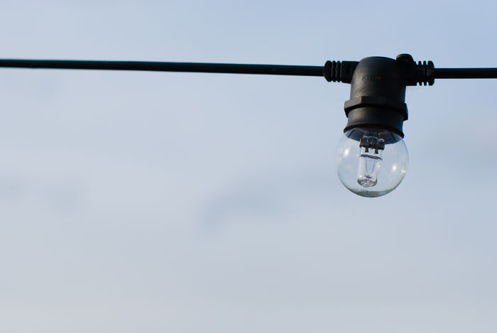 Thomas Edison Did Not Invent The Light Bulb