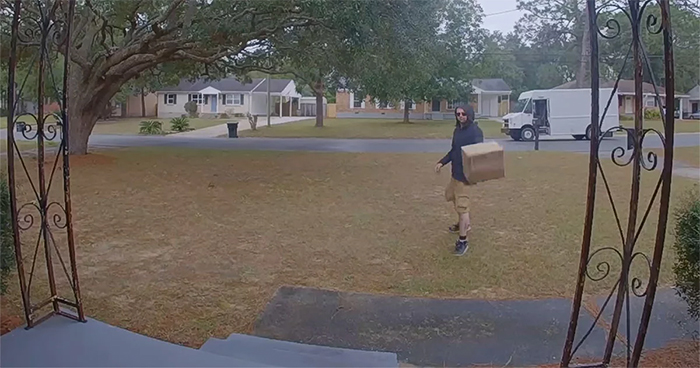 FedEx Delivery Guy Throws A $1500 Lens, Doesn't Know He's Being Recorded