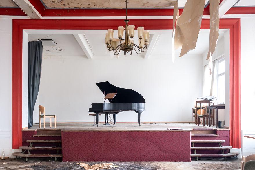 Requiem Pour Pianos 55