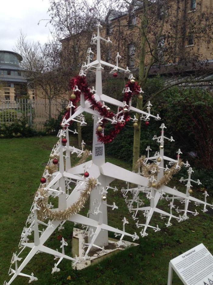 Fractal Christmas Tree At Cambridge Maths Department