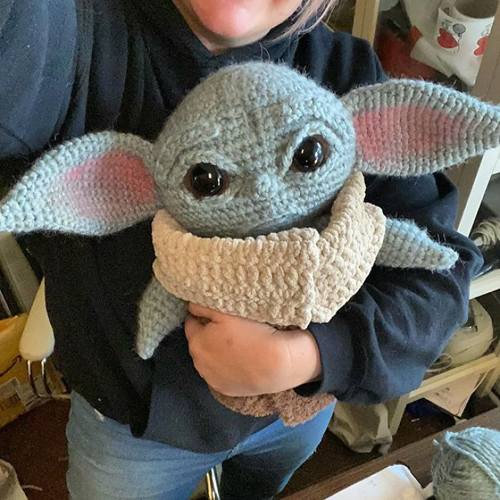 Ravelry: Baby Yoda pattern by octoberin_thechair | 700x700