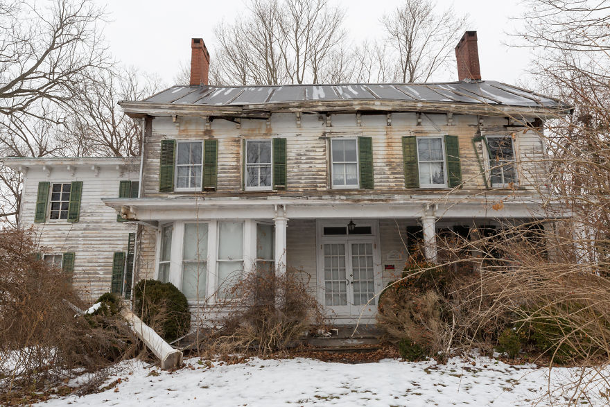 I Discovered An Abandoned Farmhouse On Long Island With Century-Old Treasures Left Behind
