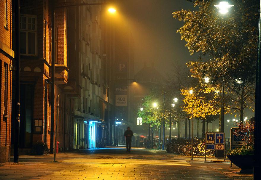 På Gaden (On The Street)