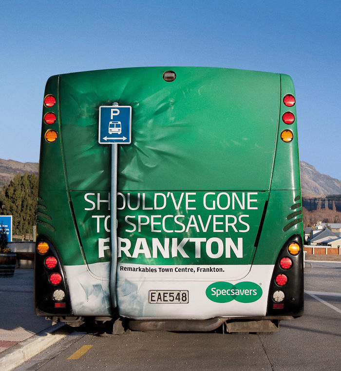 Specsavers: Bus Crash