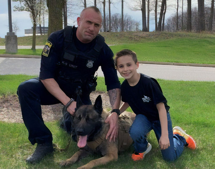 This 9 Y.O. Noticed Police K-9 Unit Without A Protective Vest, Raises 95k Dollars To Buy Them