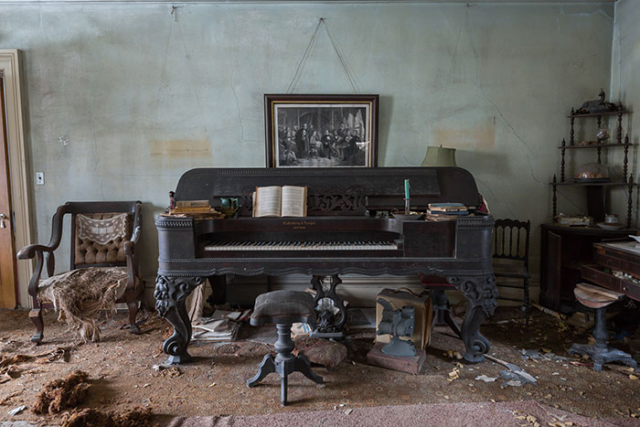 The Hidden Legacy Of The Abandoned Farmhouse That I Found In Long Island, New York