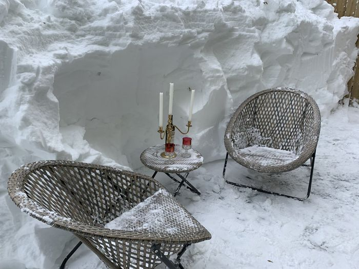 Surviving Nl Blizzard With A Sense Of Humour!