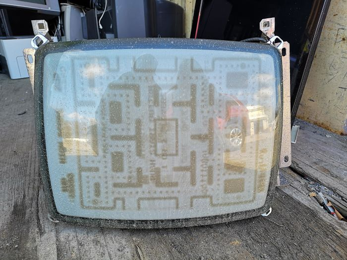 This Old Screen Has Pac-Man Burnt Into It