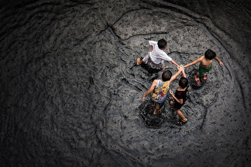 Friends Getting Wet