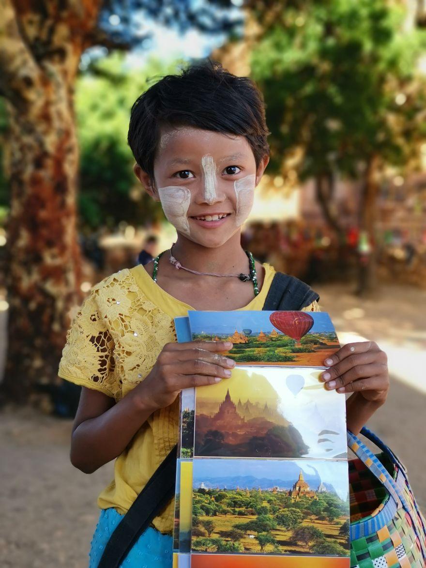 Girl Selling Souvenirs In Bagan