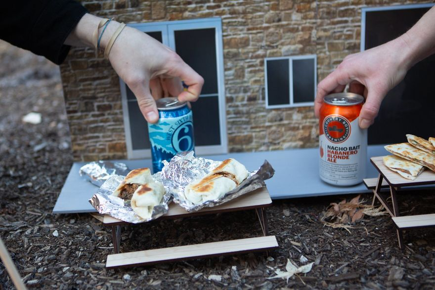 The First-Ever Food Joint For Squirrels Is Booming In Lexington, Kentucky