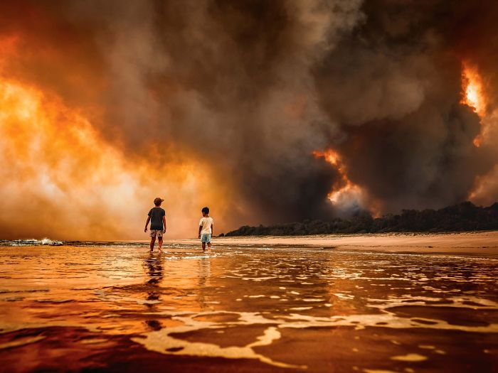 Australia Is Currently Engulfed By Bushfires ... Almost 2000 Houses Have Been Burnt