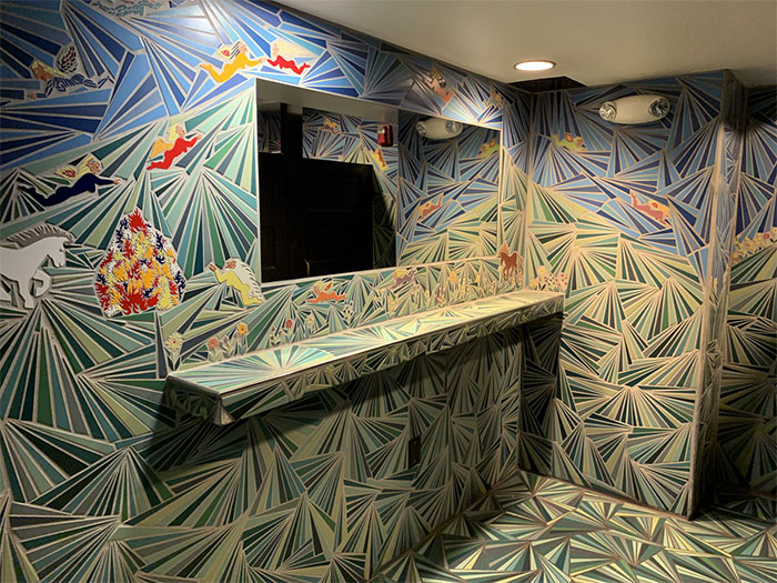 51 Restrooms In Cleveland That Were Worth A Photo