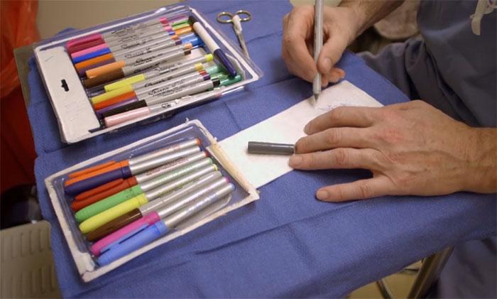 Wholesome Doctor Draws Cartoons On Kids' Post-Op Dressings