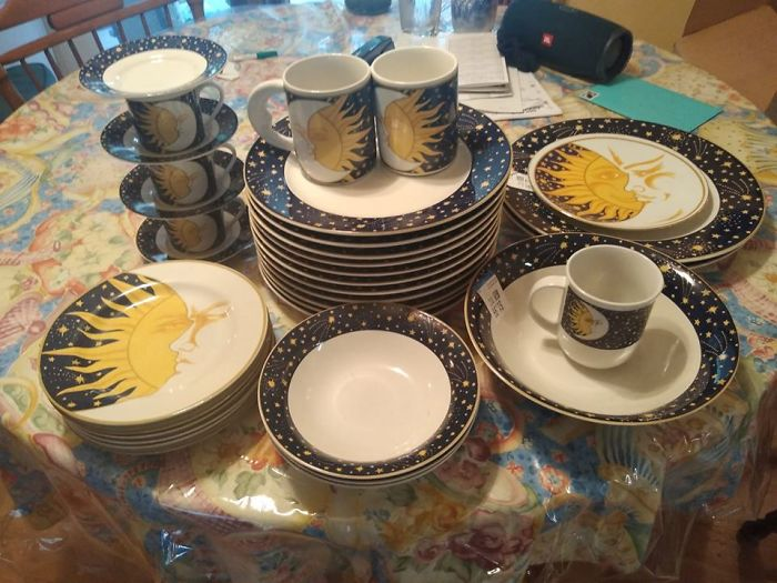It Started With One Dinner Plate In A Oregon Thrift Store In 2003