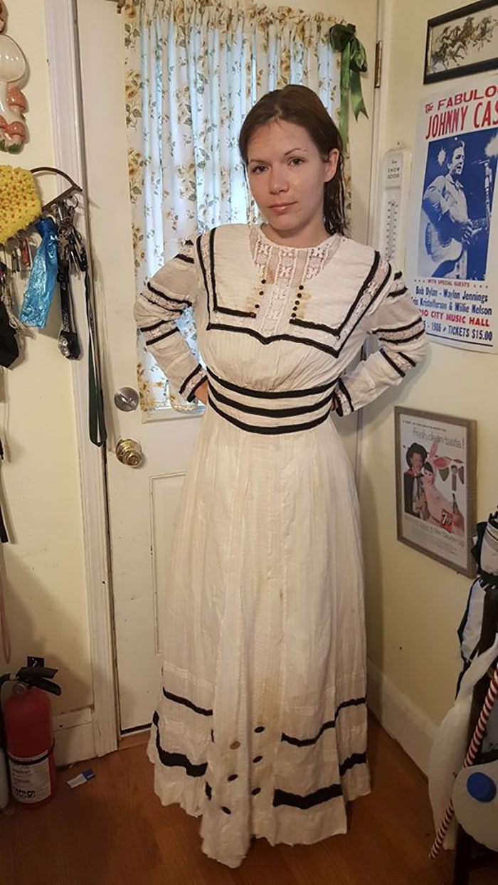 While Cleaning Out A Old Farmhouse My Girlfriend And I Found A Trunk Full Of Early 1900's Clothing. This Dress Was On The Bottom And In The Best Shape