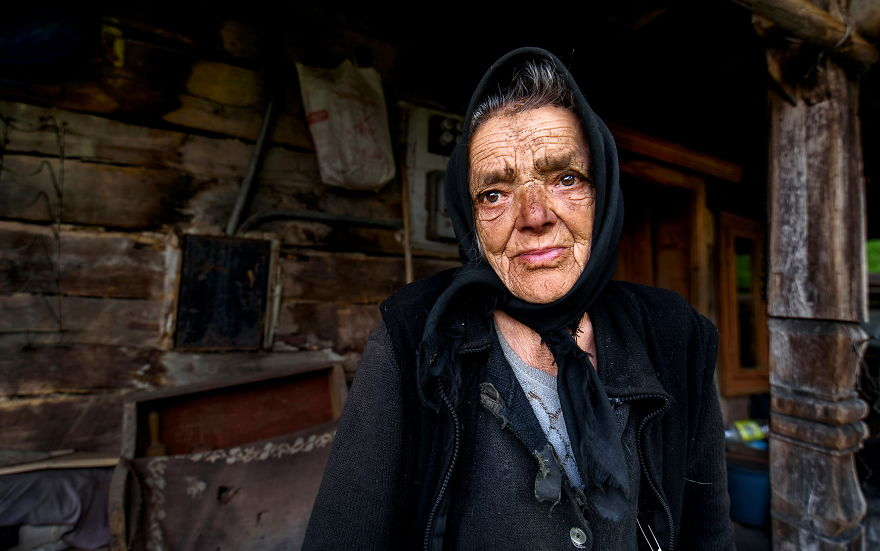 I Documented The Life Of The Elders From Transylvania.