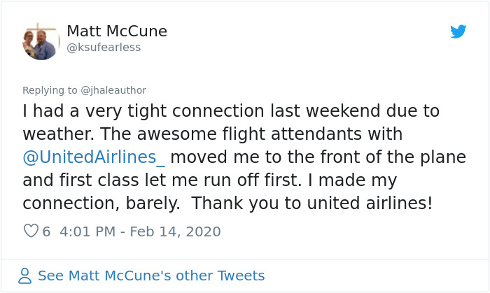 This Dad Flew At The Very Back Of The Plane, Everybody Sat Still And Let Him Leave First So He Wouldn't Miss His Father-Daughter Dance
