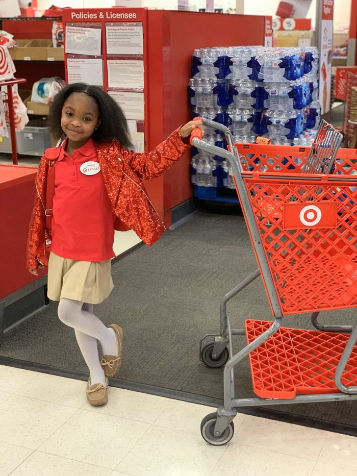 8-Year-Old Who's Obsessed With Target Throws A Target-Themed Birthday Bash