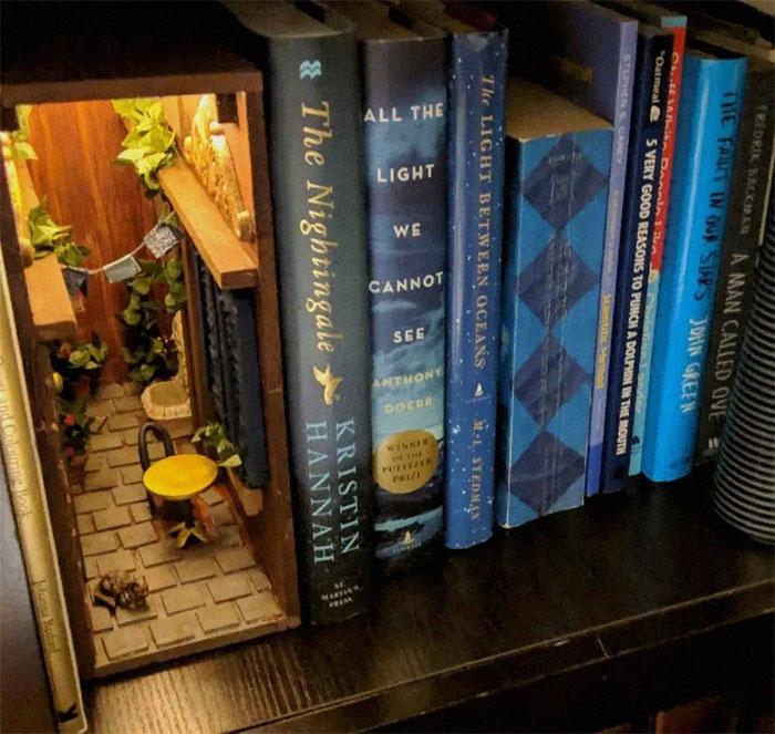33 Bookshelf Inserts That Book Lovers Will Appreciate Bored Panda