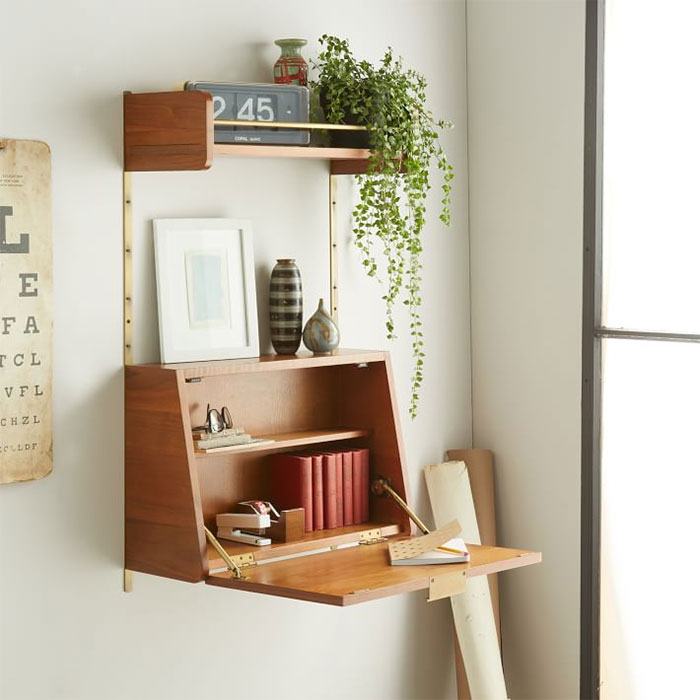 Shelf That Works As A Small Computer Table