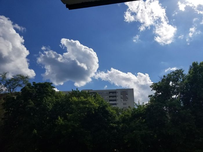 This Cloud Looks Like A Farting Squirrel