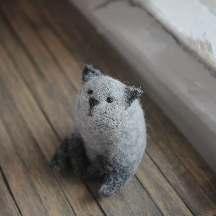 Theater Artist Receives A Pack Of Wool As A Gift, Becomes A Toy Designer (35 Pics)