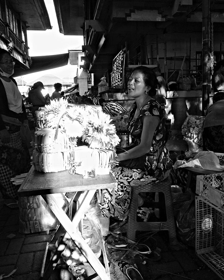 I Photographed Ubud's Market In The Morning