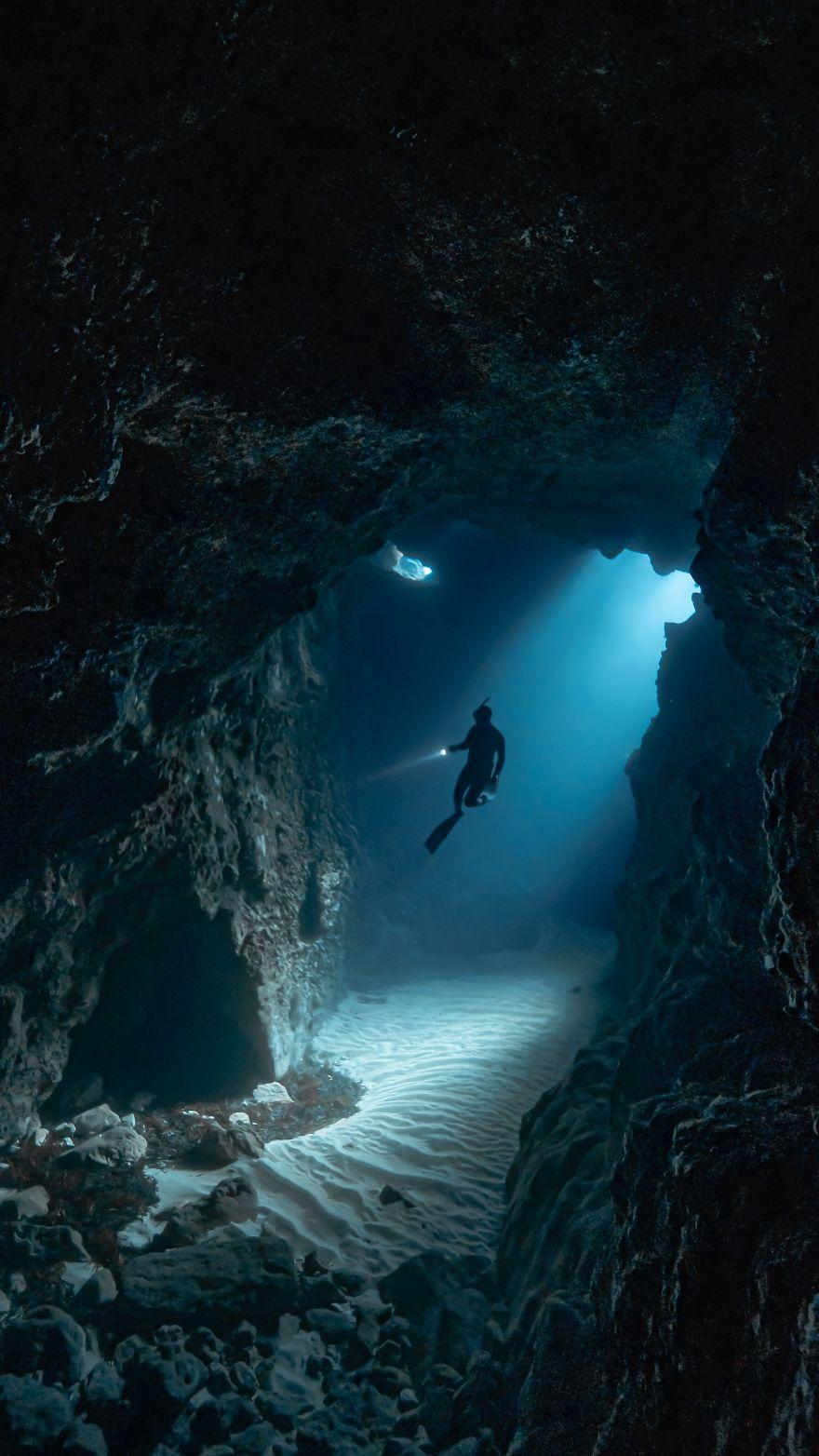 Freediving Underwater Caves