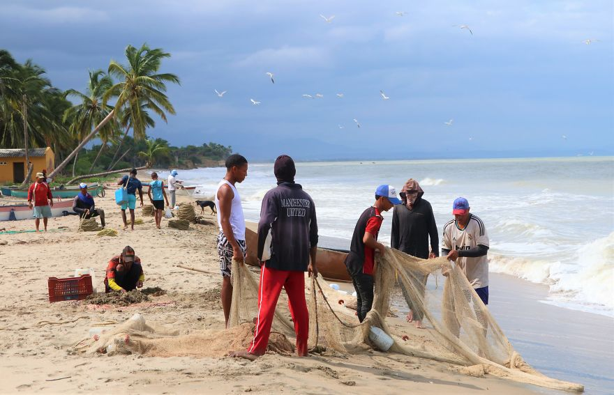 Fishers On Duty, La Punta De Los Remedios