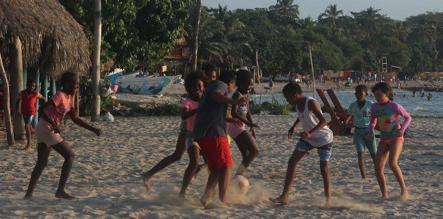 Children Joyful, Ricon Del Mar