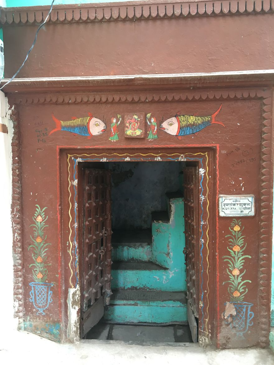 Colorful India Through Random Doors In My Solo Trip Recently