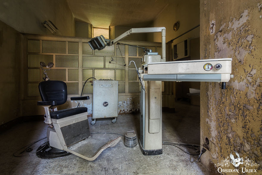 Dentists Room