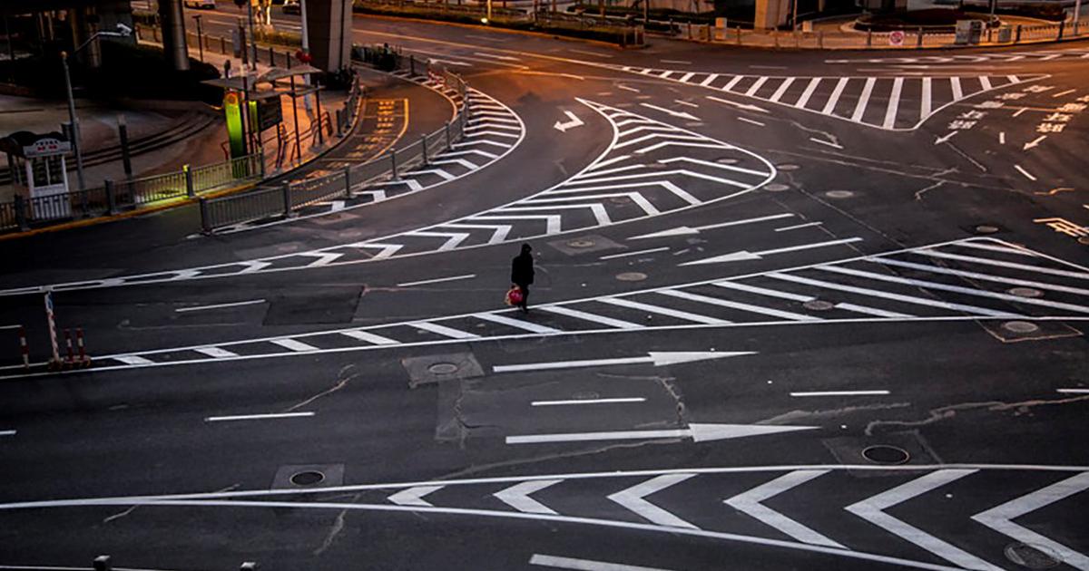Photographer Captures The Eerie Emptiness Of Shanghai During Coronavirus Outbreak (32 Pics)