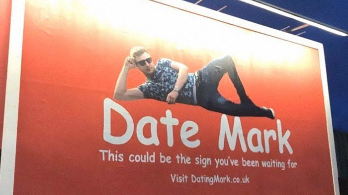 Single 30-Year-Old Man Buys A Billboard Asking Women To Date Him And The Website It Leads To Is Hilarious