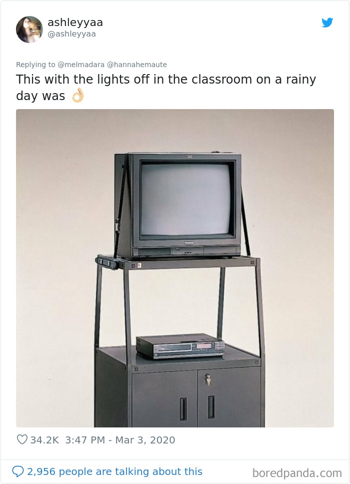 People-Sharing-Weird-Nostalgic-Memories-Elementary-School
