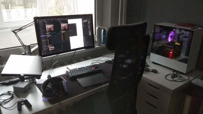 Gaming Station Reimagined Into A Work Place