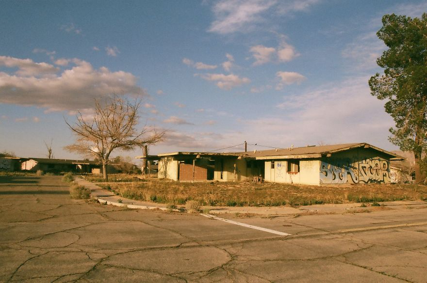 I'd Been Wanting To Photograph This Abandoned Air Force Base For A Long Time And I Finally Did (13 Pics)