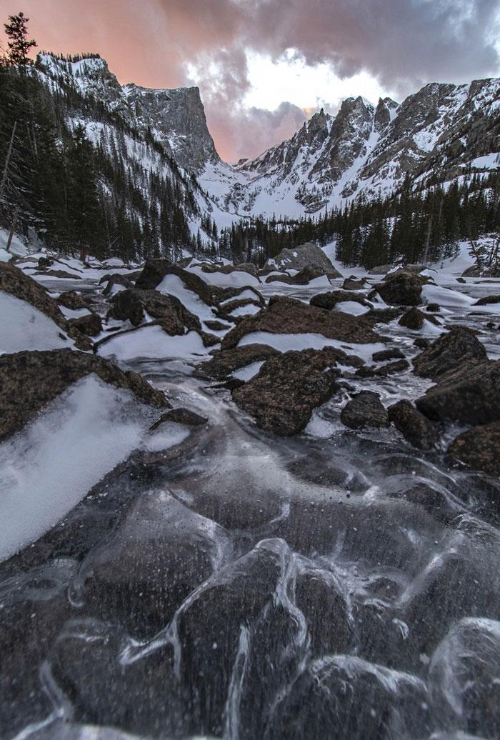 Smrznuti valovi na jezeru Dream, Colorado