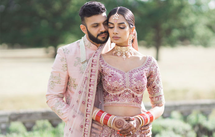 Sikh And Hindu Couple Coordinate Outfits For Their Marriage, They Look Stunning (12 Pics)